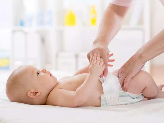 baby care tips: डायपर से हो रहे बच्चे को रैशेज तो घर पर ऐसे बनाएं रैशेज क्रीम