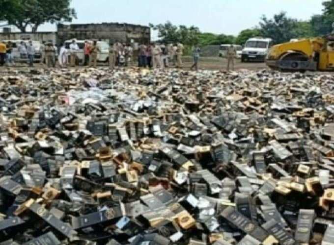 જુનાગઢના કેશોદમાં 74 લાખ રૂપિયાના દારૂનો નાશ કરાયો