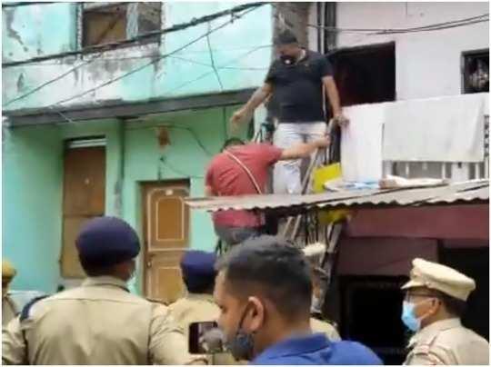 noida Police raid