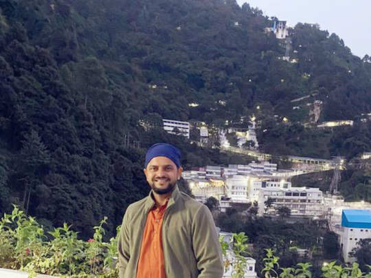 suresh raina in vaishno devi shared pictures from jammu kashmir