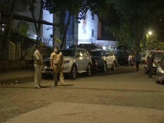 पुलिस को मिली बम की धमकी