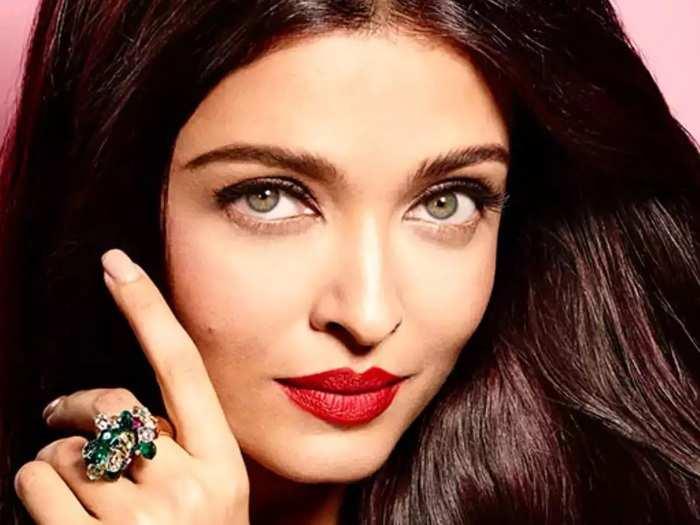 natural skin care tips bollywood actress aishwarya rai bachchan beauty secrets and tips in Marathi