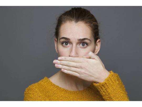 Bad Breath : मुंह की गंदी बदबू से मिलेगा छुटकारा, ट्राय करें ये Mouthwash
