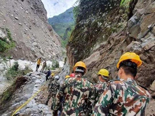 नेपाल सेना ने 4 महीने में बनाई सड़क