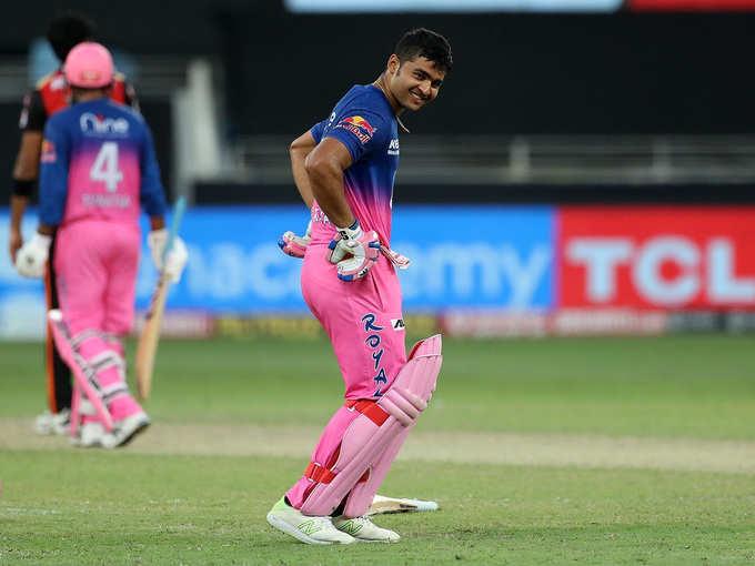 रियान का विनिंग सिक्स, हैदराबाद से जीते रॉयल्स