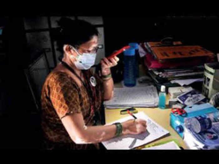yesterday power cut in mumbai image