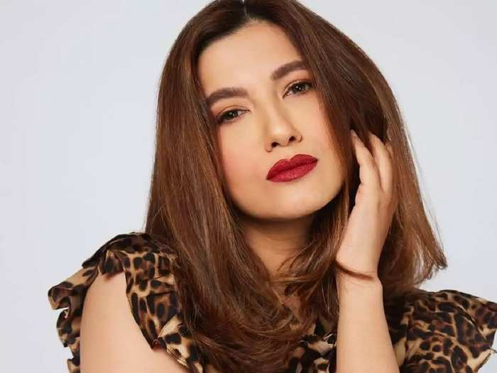 actress gauahar khan stylish and gorgeous look in bigg boss 14 see her photos in marathi