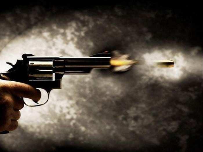 gun Shoot 01