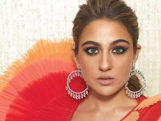 bollywood actress sara ali khan trolled for her stylish saree look see photos in marathi