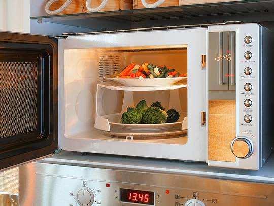 Microwave Oven On Amazon : इन माइक्रोवेव ओवन से दो मिनट में गर्म हो जाएगा आपका खाना, कुकिंग में भी मिलेगी मदद