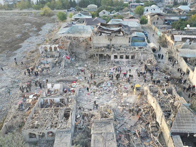 खंडहर में तब्दील अजरबैजान का शहर
