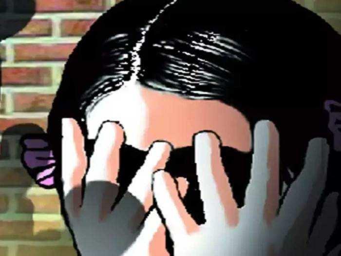 गुजरात: १२ वर्षीय मूकबधिर मुलीवर नातेवाइकाने केला बलात्कार, निर्घृण हत्या