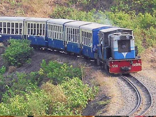mini train matheran