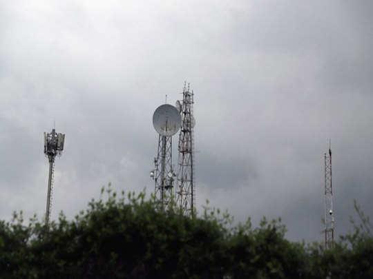 सीमांत इलाकों में टॉवर बढ़ा रहा है पाकिस्तान