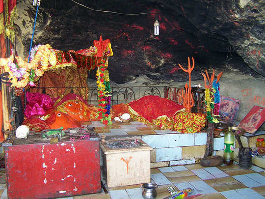 know about around two thousand years old hinglaj devi mandir in pakistan