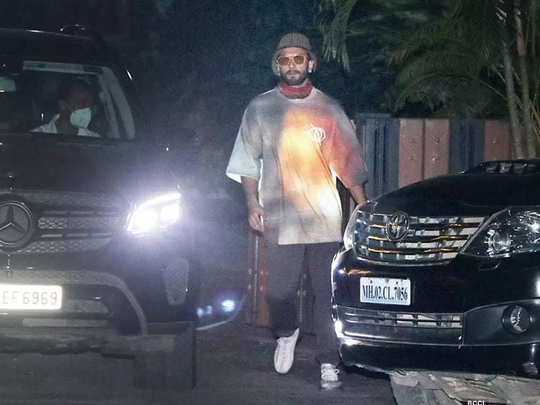 actor ranveer singh gets snapped outside a studio without a face mask in mumbai
