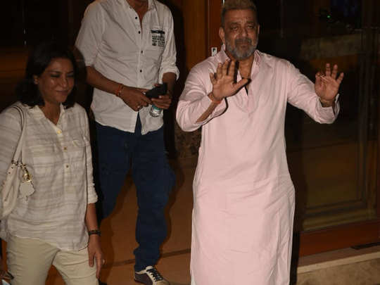sanjay dutt spotted with sister priya after beating cancer