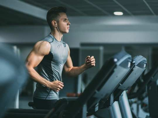 सुरक्षित अंतर, एका तासात व्यायाम! लक्षात ठेवा हे १० नियम