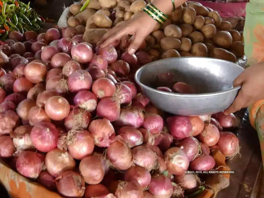 onion price touched rs. 100 and pototo prices also reached rs. 50 this festive season