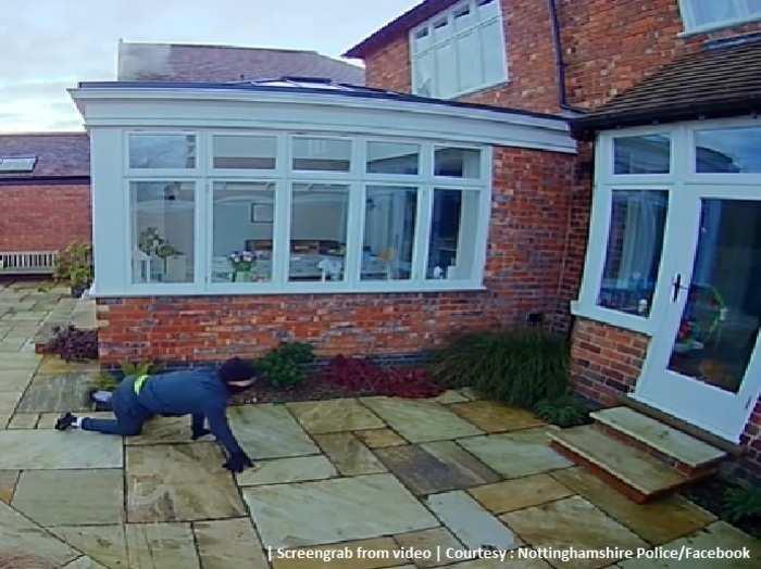 Burglar Crawling