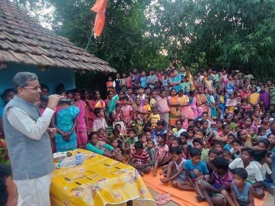 Dumka By Polls: बाबूलाल मरांडी ने साधा हेमंत-बसंत पर निशाना, पूछा- झारखंड आंदोलन में कौन सी लड़ाई लड़ी, बताएं