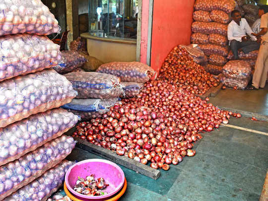 onion price crossed 100 rupees, 25000 tonnes buffer stock left says nafed
