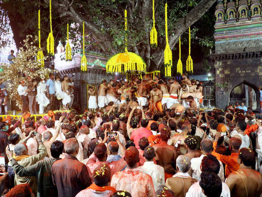 dussehra ceremony at Tuljapur temple