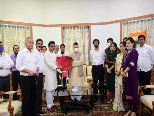 Raj meets governor Koshyari