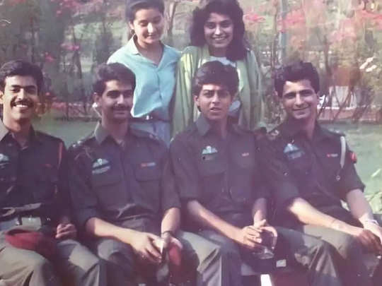 Shah Rukh Khan from the sets of Fauji