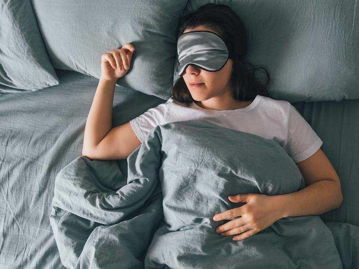 Blanket On Amazon : 1,000 रुपए से भी कम कीमत में खरीदें सॉफ्ट और लाइटवेट Blanket, सर्दियों के लिए हैं सबसे बेस्ट