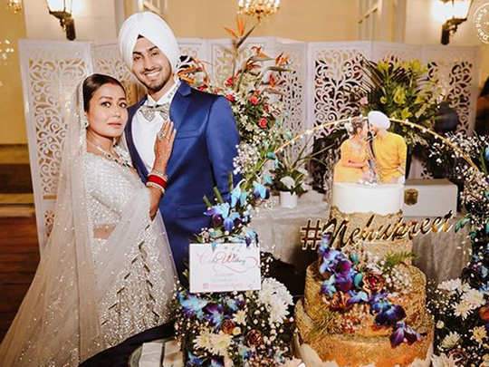 neha kakkar shared unseen pictures and said rohanpreet family hosted the best reception ever