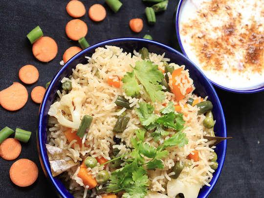 अपनी पसंदीदा सब्जियों के साथ बनाएं हेल्दी वेज पुलाव