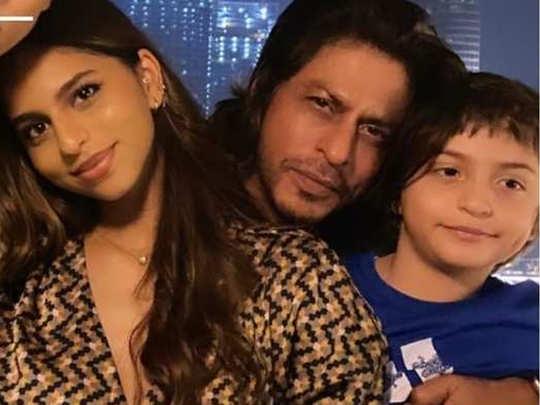 Shah rukh khan daughter suahan post