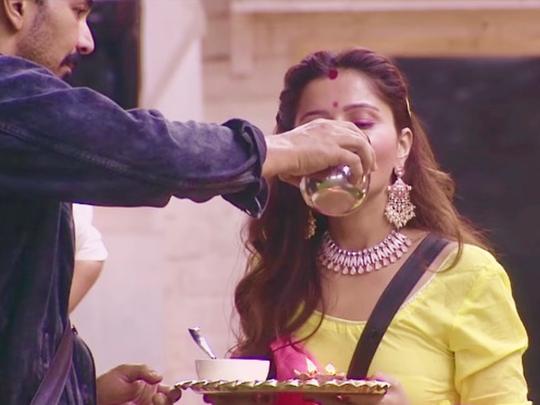 bigg boss 14 rubina dilaik celebrate karwa chauth fast for abhinav shukla