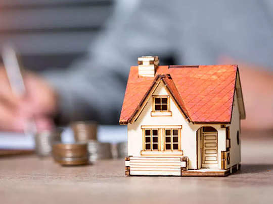 which is better option between mclr or rllr for loans