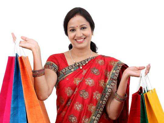 Saree On Amazon : मात्र 300 रुपए में Amazon Sale से खरीदें ये सुंदर डिजाइन वाली ये Saree