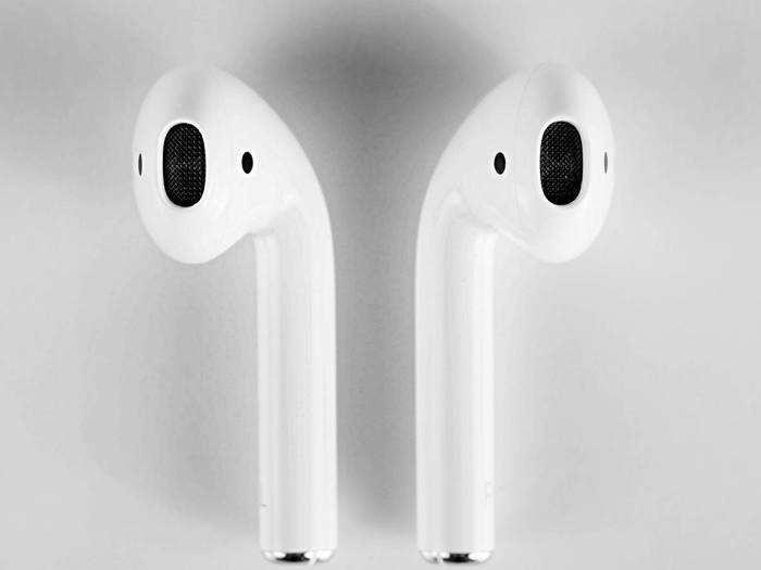 Earbuds On Amazon : इन Earbuds से म्यूजिक का मजा हो जाएगा दोगुना, Amazon Sale से आज ही खरीदें