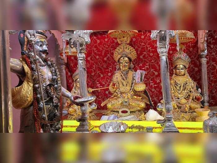 वाराणसीः खुला खजाने वाली देवी अन्नपूर्णा का दरबार, कोरोना के चलते इस बार नजर आ रहे ये बदलाव