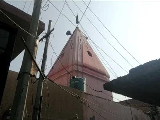 मुस्लिम परिवार की जमीन पर बना मंदिर