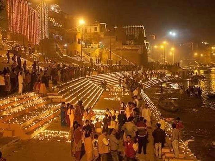काशी में देव दीपावली (फाइल फोटो)