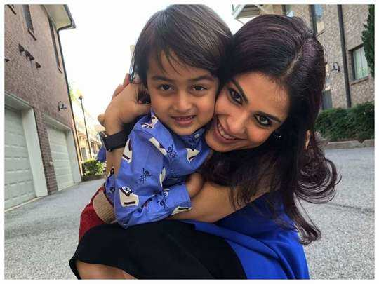 genelia dsouza gives tips for new moms in marathi