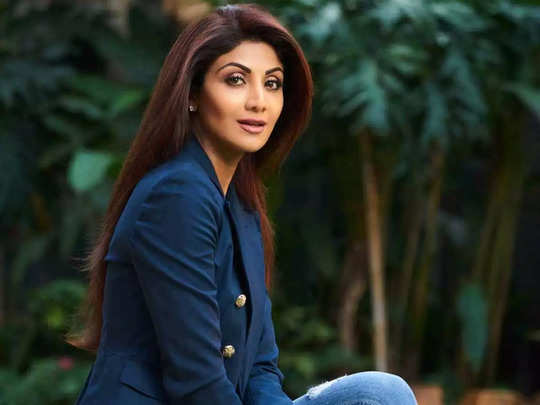 shilpa shetty never takes her mobile to bedroom before sleep