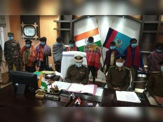Jharkhand News: संपत्ति हड़पने के लिए एक ही परिवार के 5 सदस्यों की हत्या- जंगल में मिले नरकंकाल, 4 महीने पहले हुए थे लापता