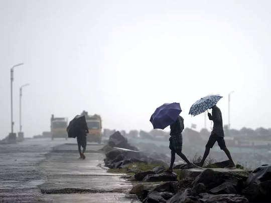 nivar cyclone landfall status tracking navy ndrf alert tamilnadu