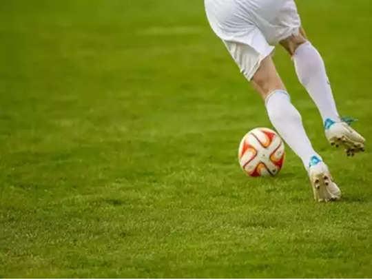 ഫുട്ബോൾ ദൈവത്തിൻ്റെ വിടവാങ്ങൽ വിശ്വസിക്കാനാകാതെ നൈനാം വളപ്പുകാർ