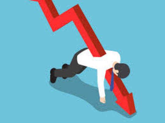 लगातार दो तिमाही में निगेटिव ग्रोथ को तकनीकी तौर पर मंदी माना जाता है।