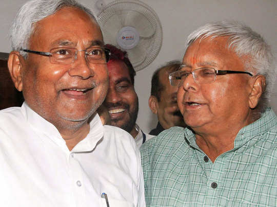 leader of lok dal was mourning karpooris death, then nitish kumar made lalu yadav the leader of opposition