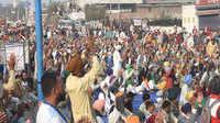 Farmers Protest: 'चाहे जितना डिजिटल इंडिया बना लो, रोटी डाउनलोड नहीं होती'
