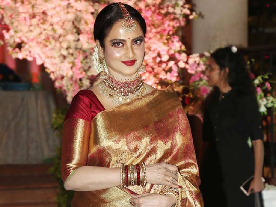 ollywood actress rekha's most expensive sari collection
