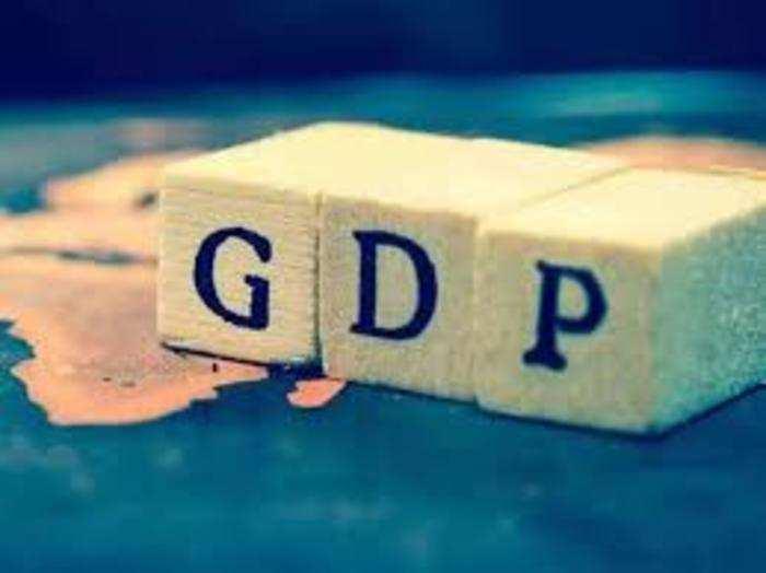 आरबीआई ने मुताबिक चालू वित्त वर्ष की दूसरी छमाही में जीडीपी में पॉजिटिव ग्रोथ की उम्मीद है।